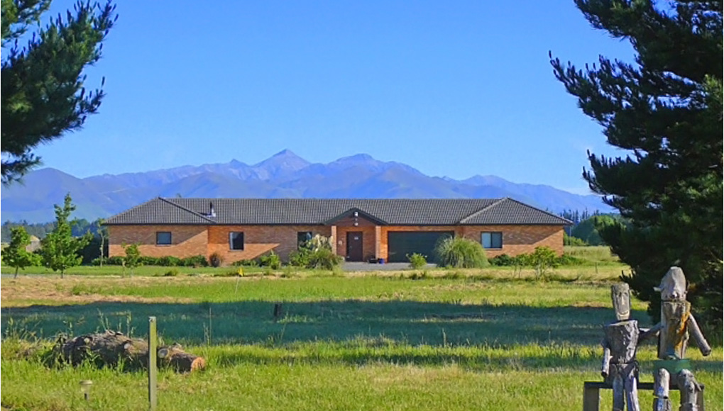 Bentleys Country Stay - Hawarden, North Canterbury Accommodation